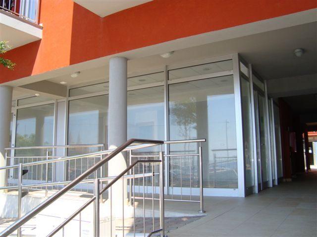 Stambeno poslovna zgrada Umag - (pvc i aluminij)